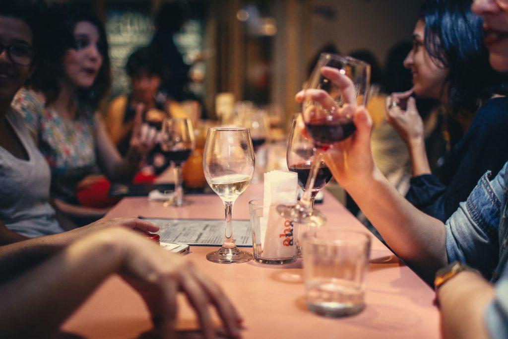Commandez un bon vin pour honorer vos soirées